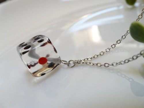 MA2 glass necklace dice