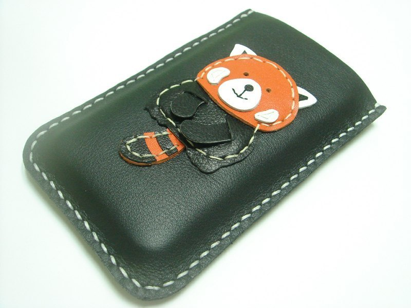 {Leatherprince 手工皮革} 台湾MIT 黑色 可爱 红熊猫 iPhone 纯手工牛皮保护套 / Ray the Red Panda iPhone Leather Case ( Black )