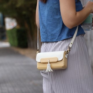 TS clutch - white