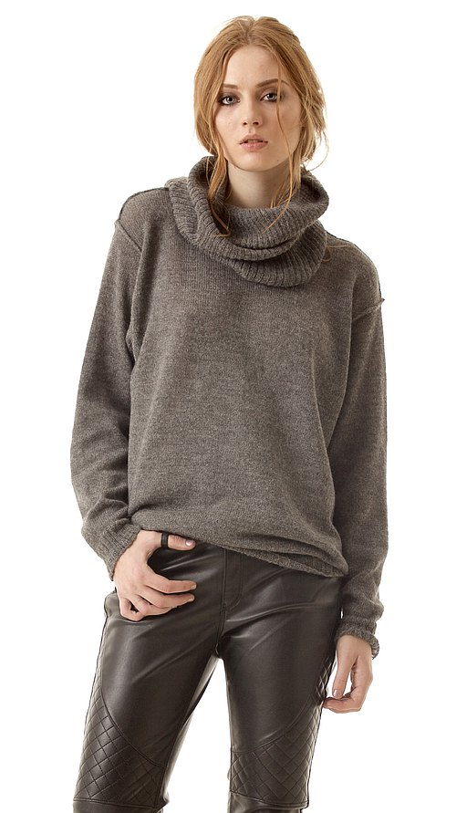 Oversized women's sweater pullover ISABELLE with detachable turtleneck collar grey