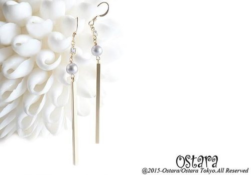 【14KGF】Earrings,CZ Skinny Stick,Silver Gray Round Pearl