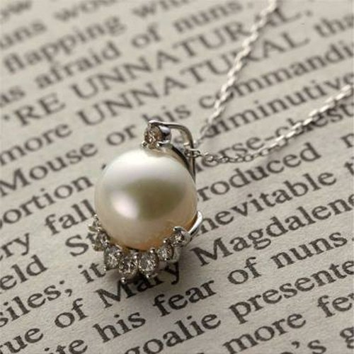[Necklace] K10WG + Diamond + freshwater pearl of Petit jewelry necklace / FirstN02