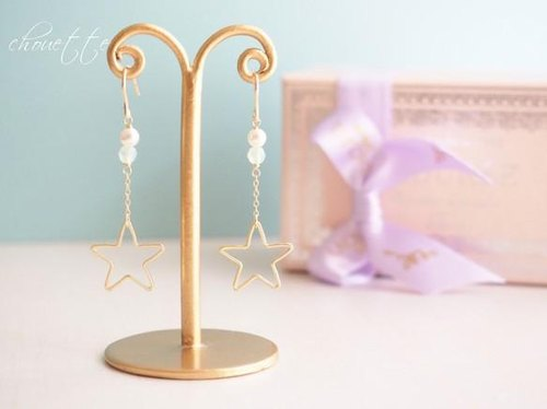 [14kgf] star motif earrings (chrysolite opal)