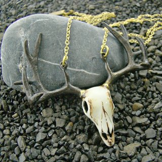 Realistic  Stag skull pendant in white bronze and oxidized antique color ,Rocker jewelry ,Skull jewelry,Biker jewelry
