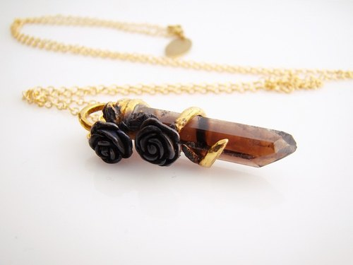 Brass roses pendant with smoky quartz stone and oxidized antique color