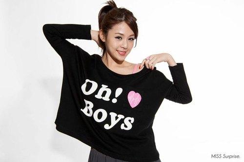 Miss Surprise / Oh! Boys Tee 黑色 T恤