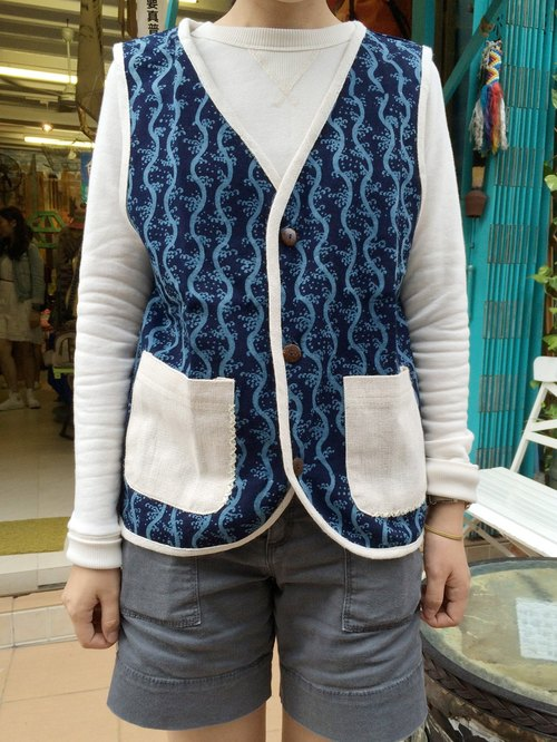 "EARTH.er  │""Indigo Ocean""植物染背心外衣 ●  ""Indigo Ocean"" Natural Dyed Vest│ :: 香港原创设计品牌 ::"
