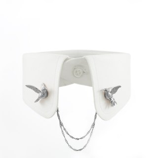 Humming Bird Collar Clip - black