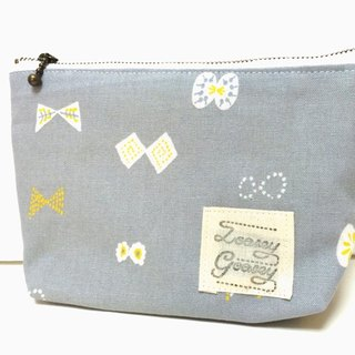 Butterfly ribbon pouch Cotton linen light gray