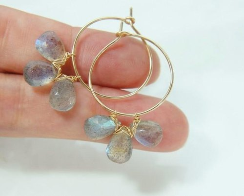 Flowers and hoop 14KGF of labradorite