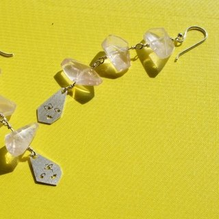 【Order Production】 Rippled Women's Rose Quartz Earrings