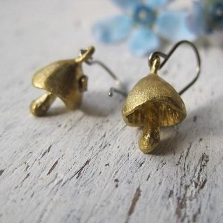 Pierce / mushroom 2 brass accessories