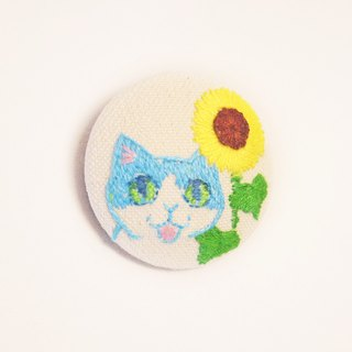 embroidery brooch - cat and sunflower