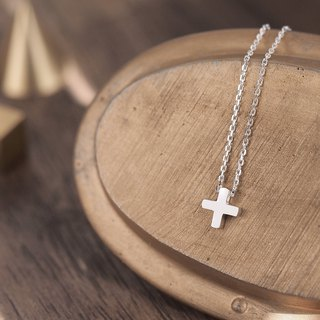 Tiny Cross necklace Silver 925