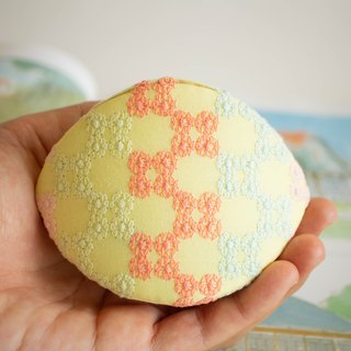 Colorful lace coin purse. Birthday gift. Handmade bag in Japanese style.