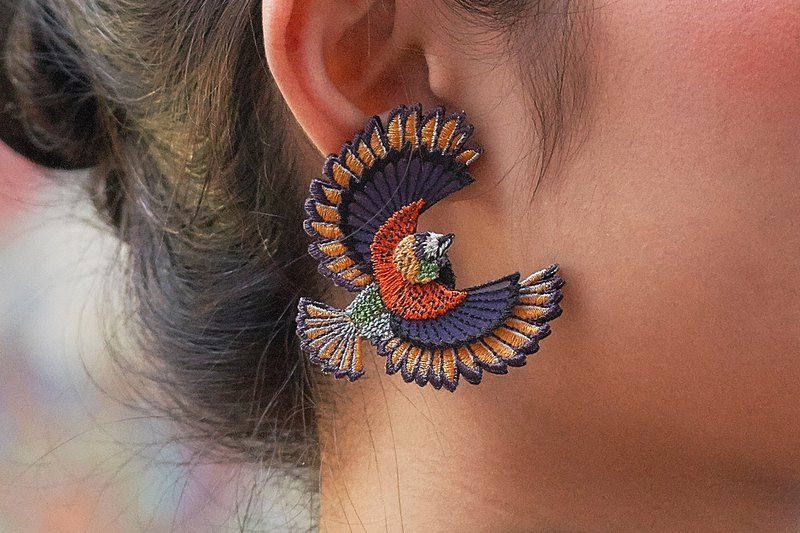 ARRO / Embroidery earring / Flying bird / orange