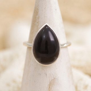 Silver ring of onyx