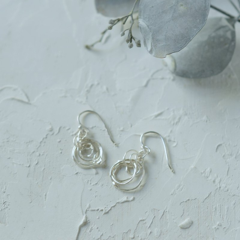 kemuri Silver Hook Earrings-S