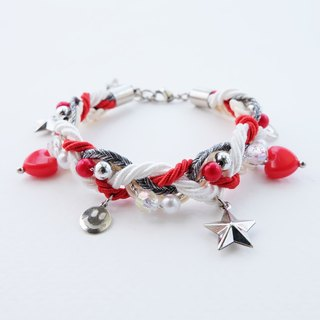 Smiley charms braided bracelet in red/white color