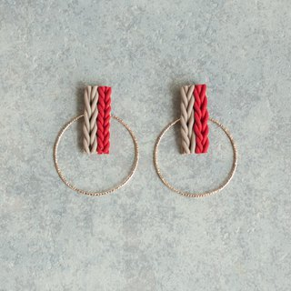 Knit and hoop earrings / earrings / red