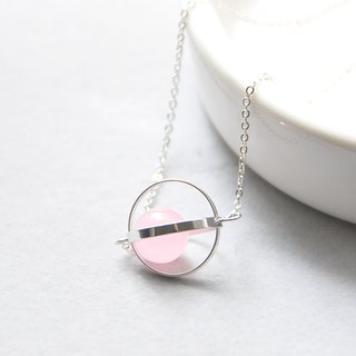 幸福星球。宇宙。银环。粉玉髓。 项链 Blessed Planet。Galaxy。Sliver Ring。Pink Chalcedony。Necklace