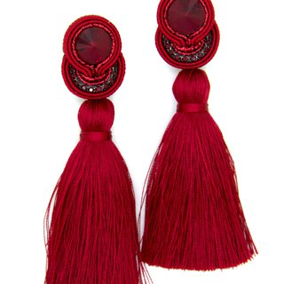 Drop Tassel earrings in red