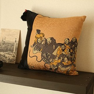 SALE! Pure silk feather back painting interior cushion