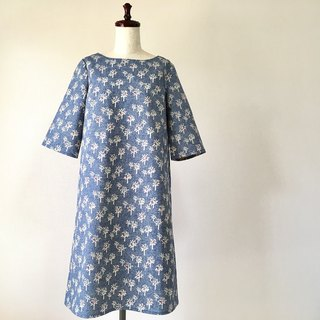 Tree five-quarter sleeve one-piece cotton linen navy blue