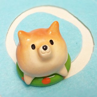 Shiba Inu float with glaze # 1 Shiba Inu paper weight of ceramic