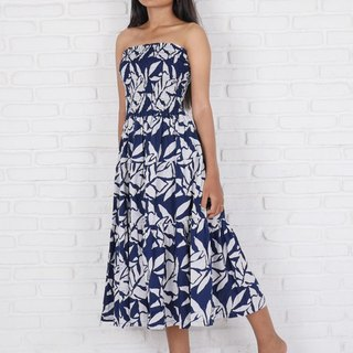 Batik Dyeing Reef Pattern Tiered Dress <Navy>