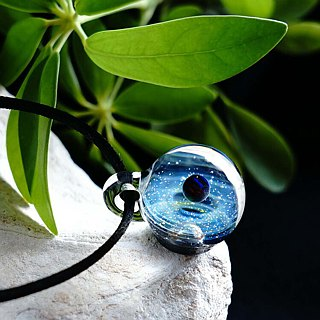 Planet & Meteorite World ver nebula Black Opal, Meteorite Glass Pendant Space 【Free Shipping】
