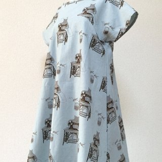 Flare dress with cat and antique sewing machine Blue gray
