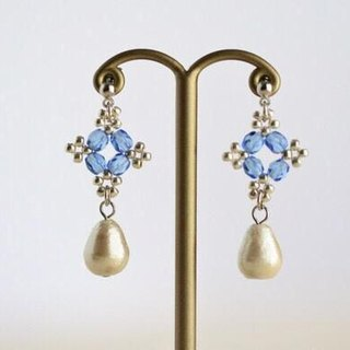 Beads lace and cotton pearl drops pierced earrings blue