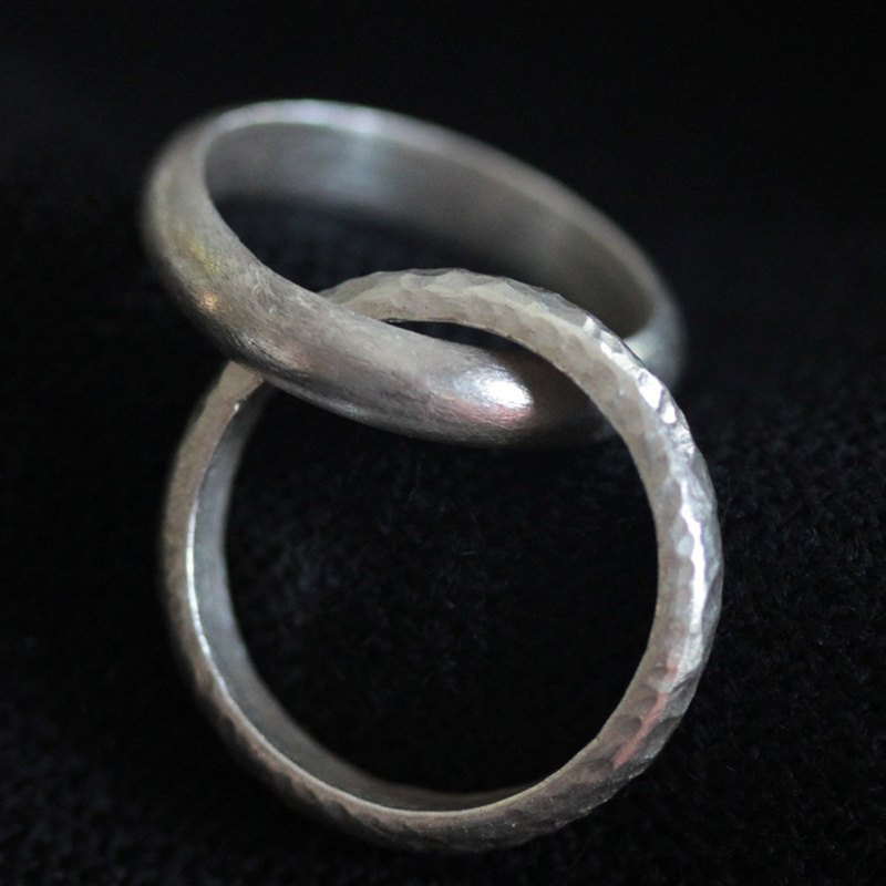 Handmade Double interlocking Rings in 95% Thai silver (R0020)