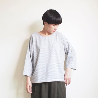 cat soup t-shirt : gray × white