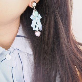 Pastel bead earrings with baby blue bows