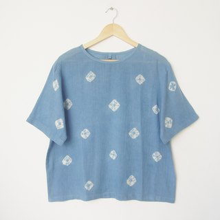 linnil: Indigo spider web short-sleeve shirt