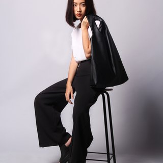 black - signature hobo tote bag unisex