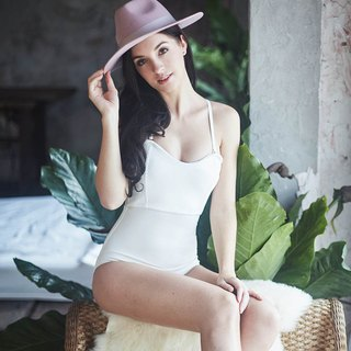 Sweet Heart One piece : Ivory White