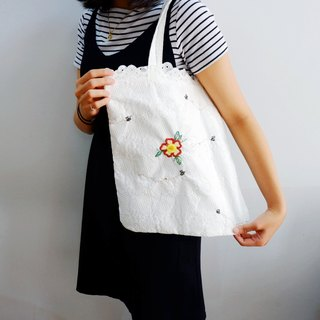 Handmade embroidered flower and bumble bee tote