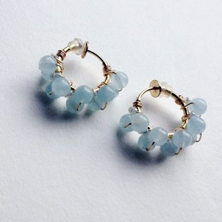 Dual volume hoop earrings of aquamarine and vintage beads / hoop earrings ear needle / ears