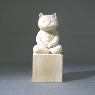 Wood carving cat, such as the Buddha Zen meditationA1120white