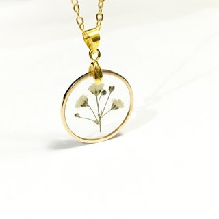 ultra thin golden framed necklace
