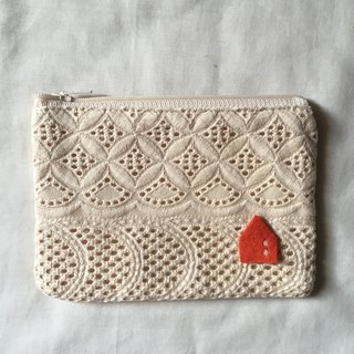 LACE POUCH : mini flower pattern
