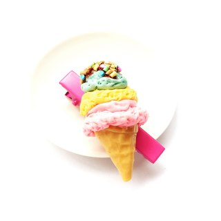 Hair clips hairpin pink ice cream as well.