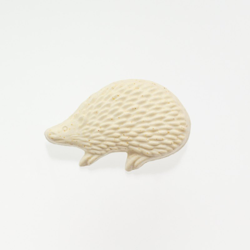 ceramics brooch hedgehog white