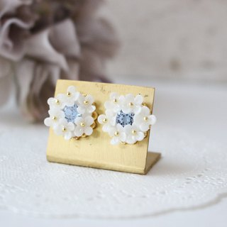 White flower and blue Swarovski bouquet earrings