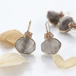 14 kgf - modest sheer gray wrap pierced earrings