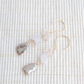 Mauve pink poppy Pearl and two of pink stone earrings (14kgf)
