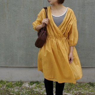 Thinhalflinen gather cache-cœur dress sheer half linen gather curly cool one piece mustard